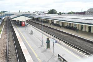 Train delays after signal issues at Chippenham
