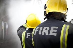 Chippenham fire crew called to two M4 accidents